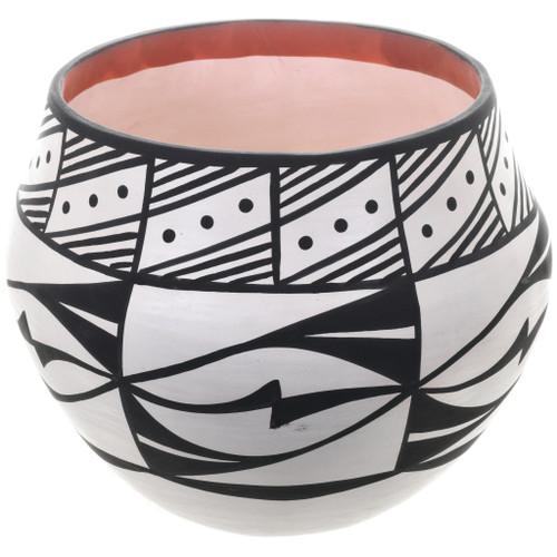 Acoma Black White Storage Pottery 32646