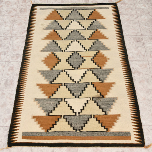 Vintage Natural Wool Navajo Rug 32934