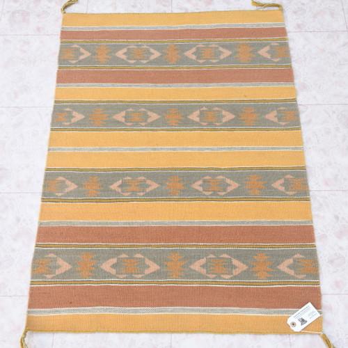 Vintage 1970s Navajo Rug 40643