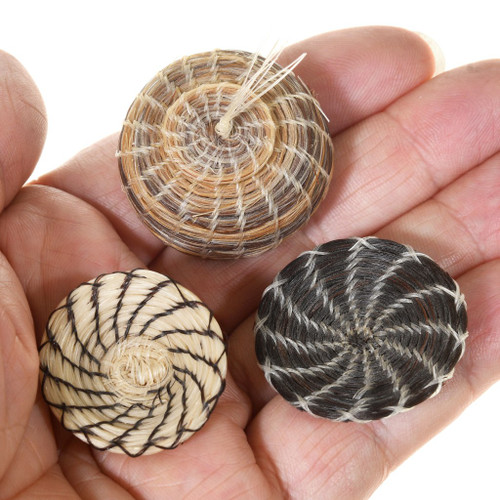 Authentic Native American Indian Miniature Baskets 40952
