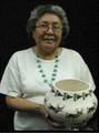 Acoma Artisan Delores Lewis 33592