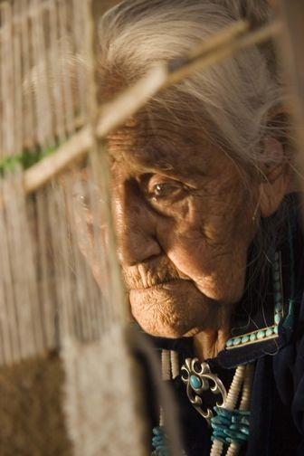 crawford-navajo-weaving-navajo-rugs.jpg