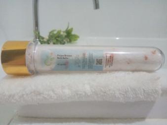 Feijoa Breeze Bath Salts - Tube