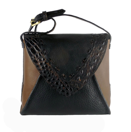 Laredo Cross Body Bag In Black And Cognac Leather