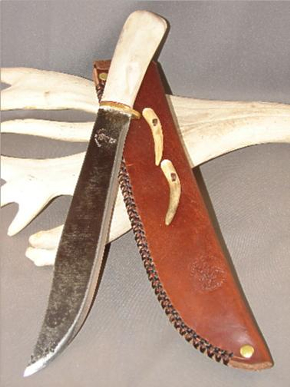 Custom Made Reindeer Antler Knife (The Bear)