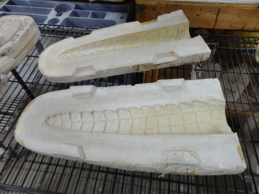 Alligator Tail End Mold