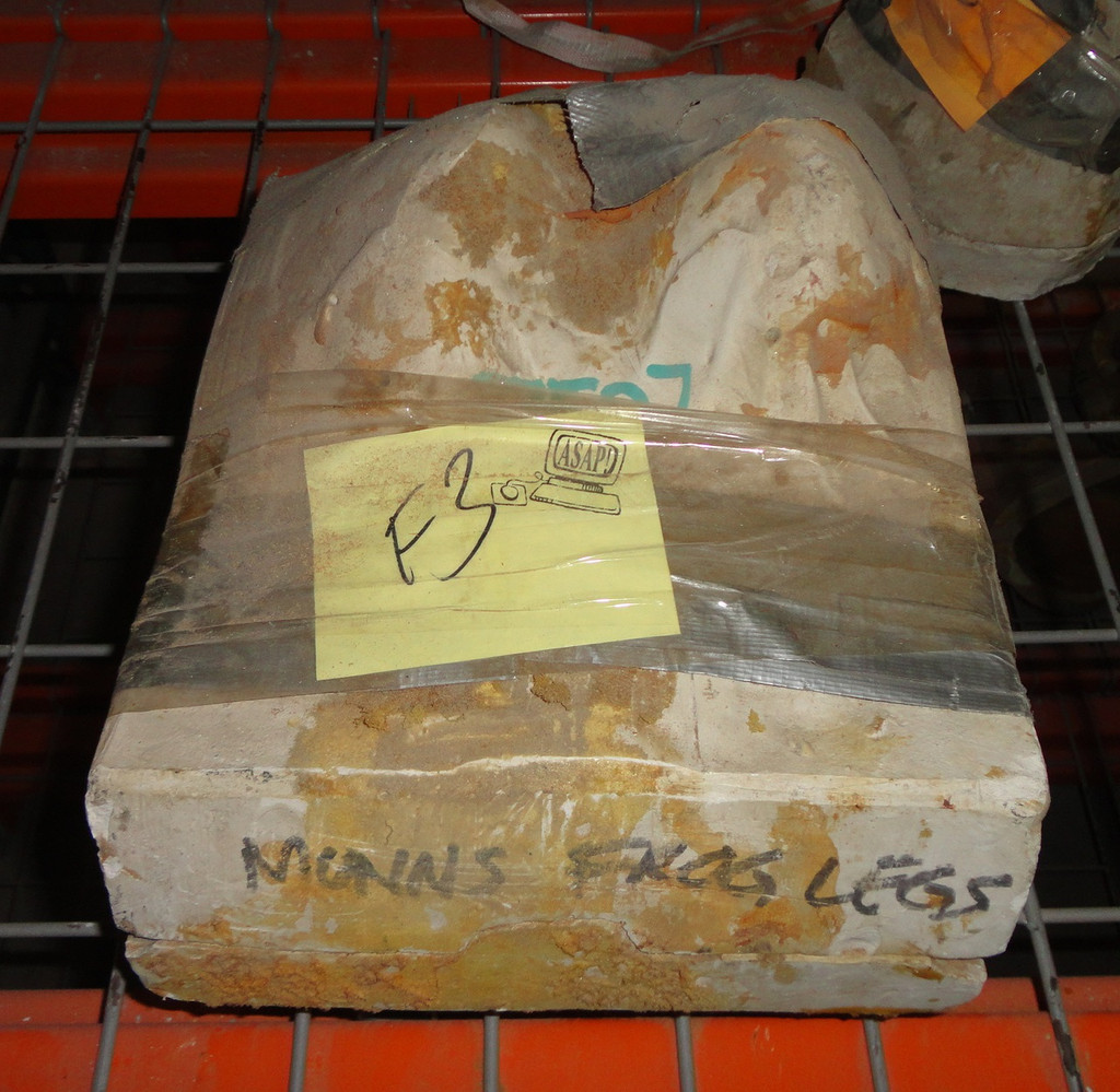 Large Frog Legs Mold 2