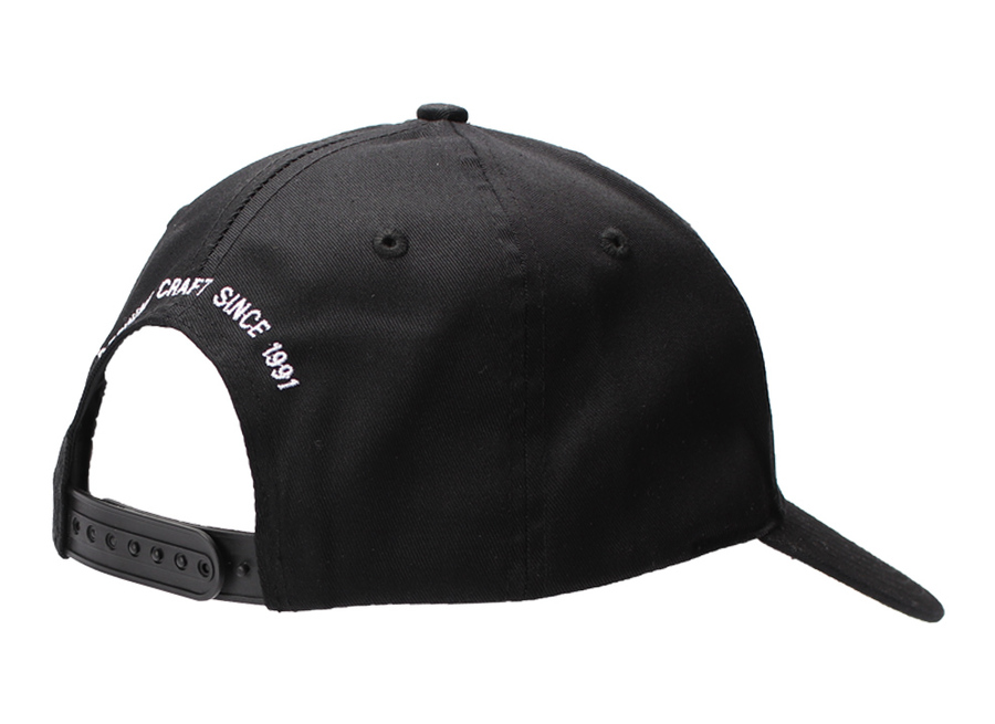 DEFINING CRAFT HAT