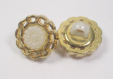 """Button 1/2"""" (13mm) Gold Chain with Flower Center  - Per Piece"""