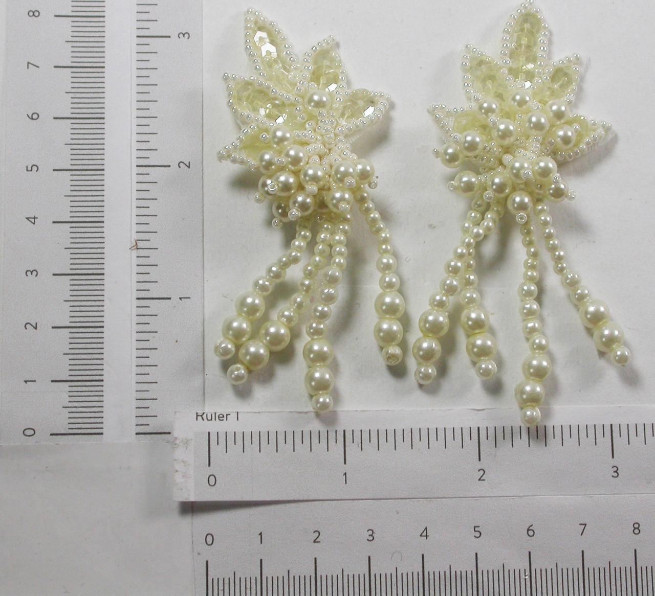 Bridal Pearl Dangle Leaf Appliques Ivory 1 Pair