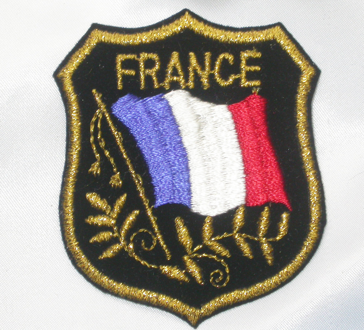 FRANCE Flag Crest