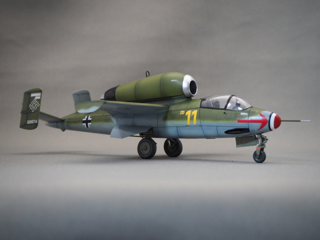 1//48 AIRCRAFT Model Kit-TAMIYA 61097 Heinkel He 162 A2 SALAMANDRE