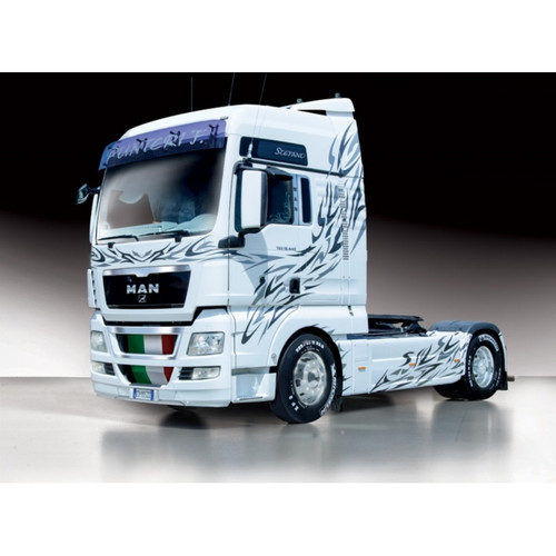 Italeri - 1/24 Man TGX XXL Plastic Model Kit [1-3877]