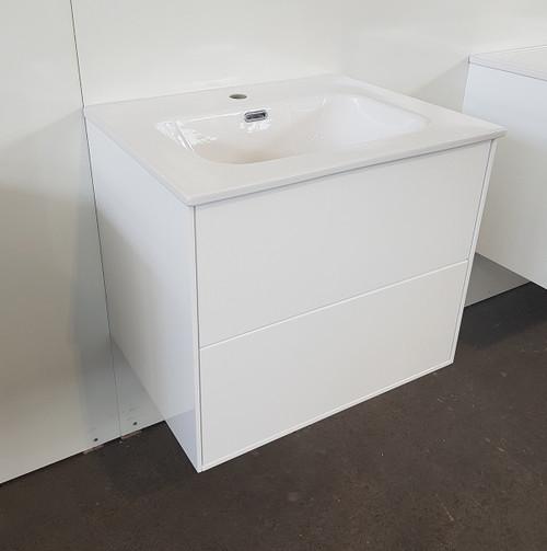 White Gloss Vanity & Basin 600