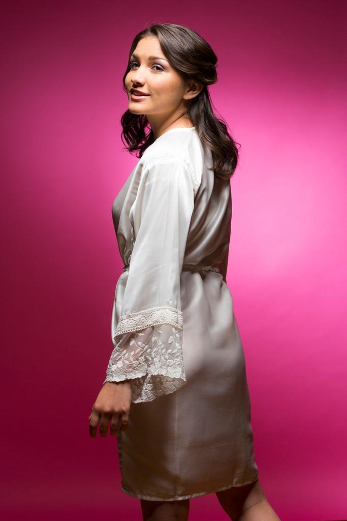 White Silk Lace Cuffs Bridesmaids Robe