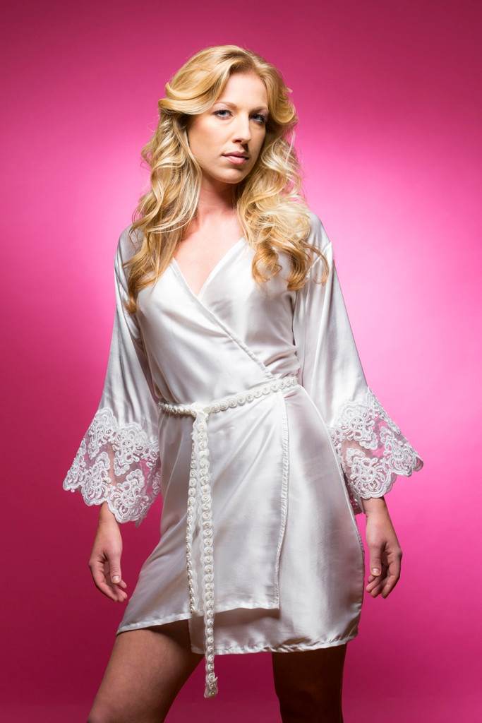 White Silk Pearl Lace Bridesmaids Robe