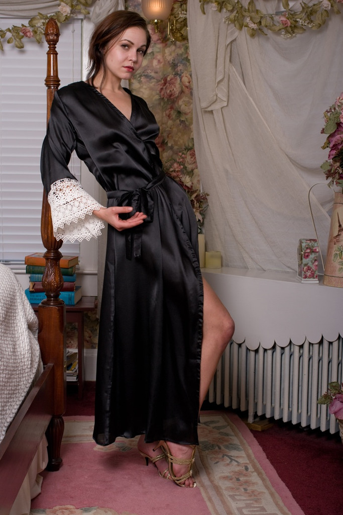 Black Silk Lace Bridesmaids Robe