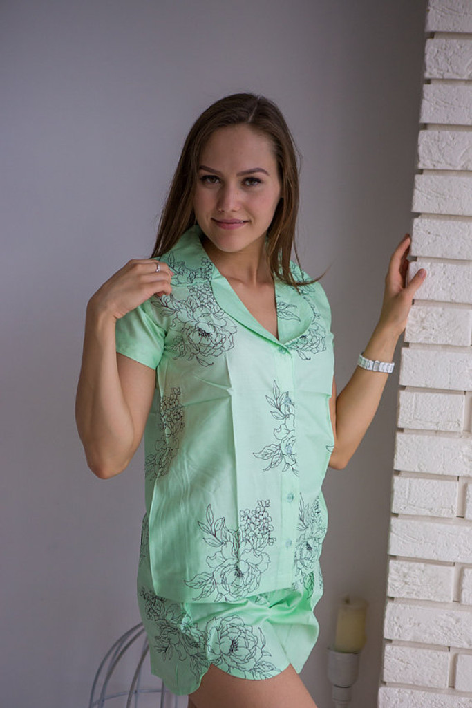 Notched Collar Style PJs in Floral Sketch Pattern