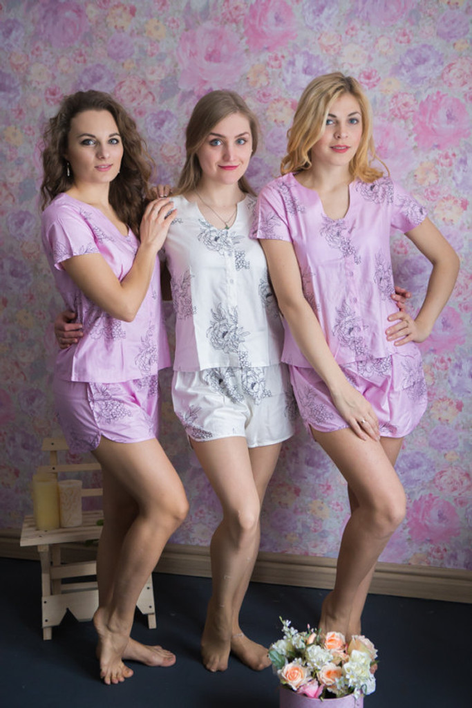 U-shaped neckline Style PJs in Floral Sketch Pattern