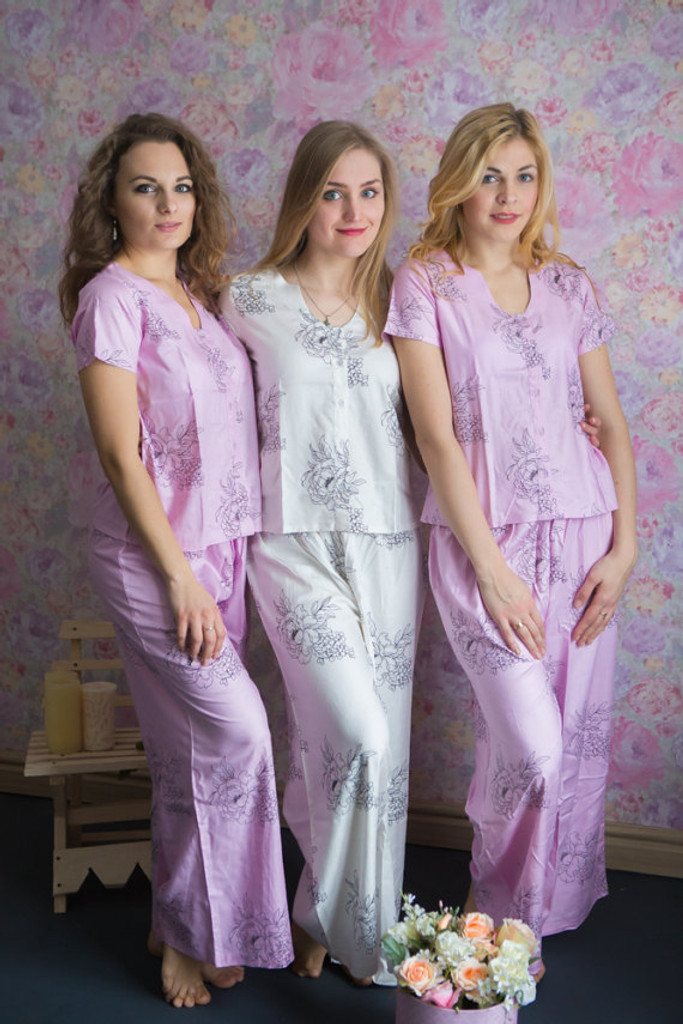 U-shaped neckline Style long PJs in Floral Sketch Pattern