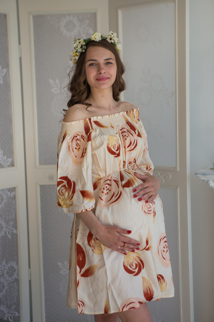 Mommies in Cream and Champagne Shift Dresses