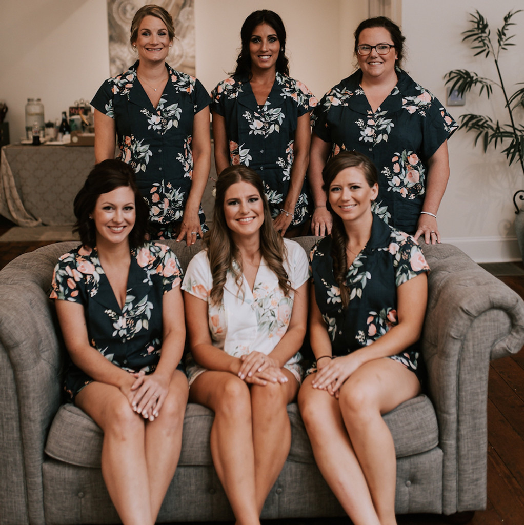 set of 5  bridesmaids pjs, bride and bridesmaids  pj sets