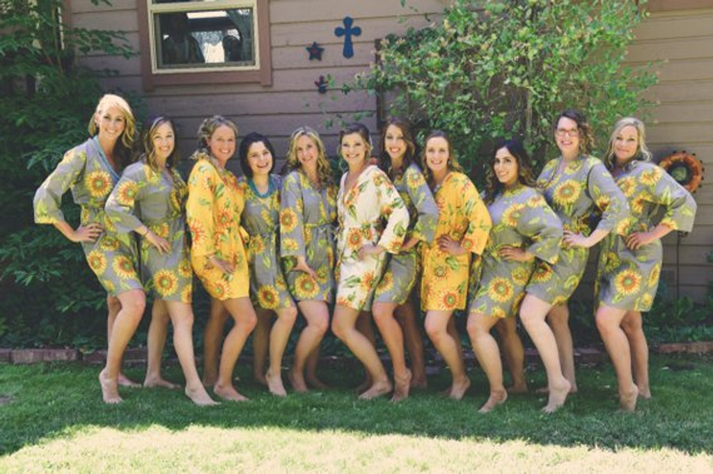 Gray Sunflower Set of Bridesmaids Robes