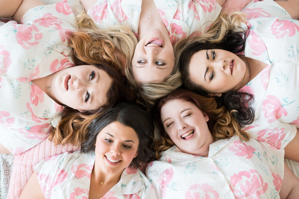 Plus Size Notched Collar Style Pajama Sets in Blushing Flowers Pattern