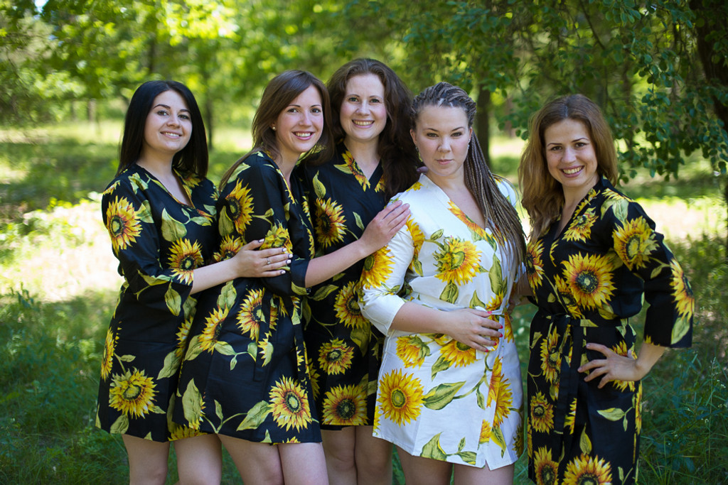 Black Sunflower Robes for bridesmaids | Getting Ready Bridal Robes