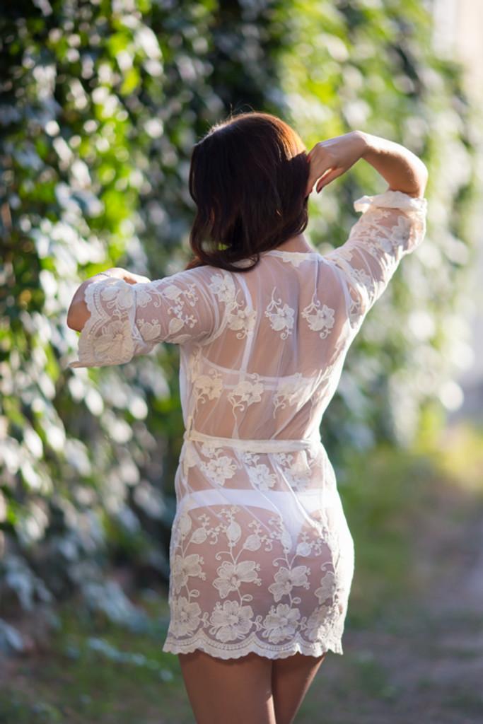 Oh Heather White Scalloped Lace Bridal Boudoir Robe