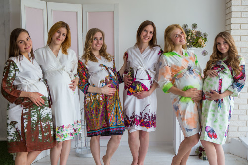 Mommies in White Abstract Patterned Robes