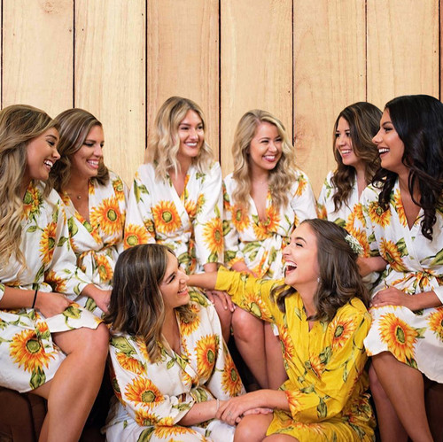Set of 8 Bridesmaids Robes in White Sunflower- Floral wedding Robes