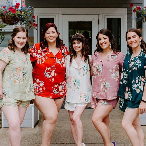 Mismatched color in Dreamy Angel Song Bridesmaids PJ Set