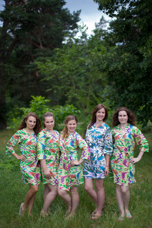 Light Yellow Ikat Aztec Robes for bridesmaids | Getting Ready Bridal Robes