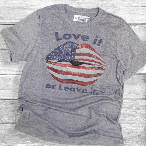 Love It or Leave It (Womens) - Short Sleeve T-Shirt