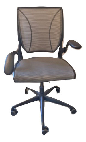 Humanscale Mesh Back Operator Chair (CF9-FD3-EB9) (Spares or Repairs)