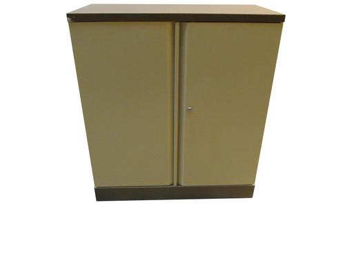 Generic Brown and Cream Storage Unit (CAB-69D-D1C)