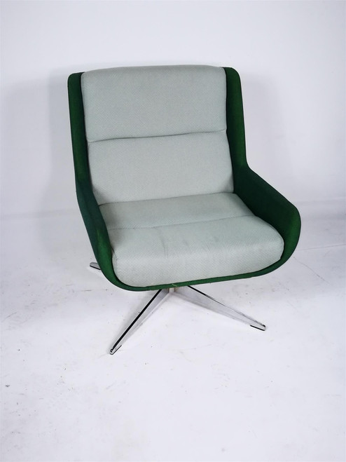 Naughtone Green Hush Low Chair (CB7-5A8-5EF)