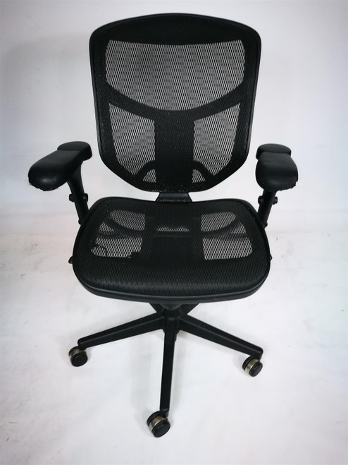 Black Mesh Operator Chair (E90-7FD-47F)