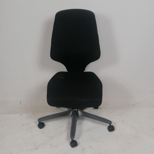 Giroflex Operator Chair NO ARMS (82B-E1F-807)