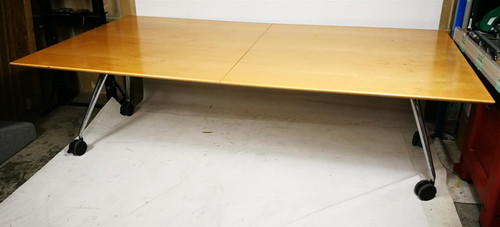 Konig Neurath Foldable Table on Wheels (6D2-277-677)