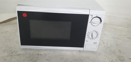 Tesco Brand Microwave 700w (7A3-C23-989)