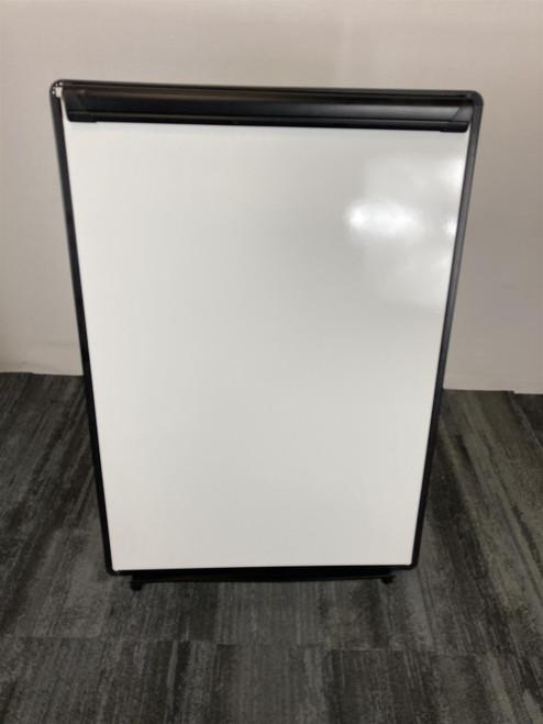 White Board & Easel Flipchart (5B5-8DE-928)