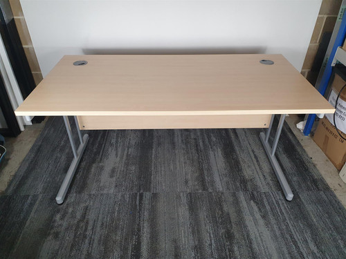 Beech Straight Desk (D80-E77-E72)