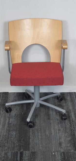 Kinnarps Yin Office Chair (810-3C6-A81)