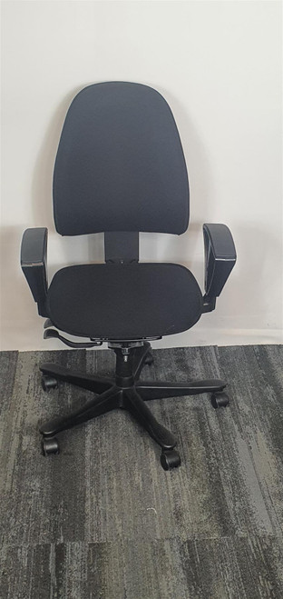 Kinnarps Black Office Chair (AE2-452-C7C)