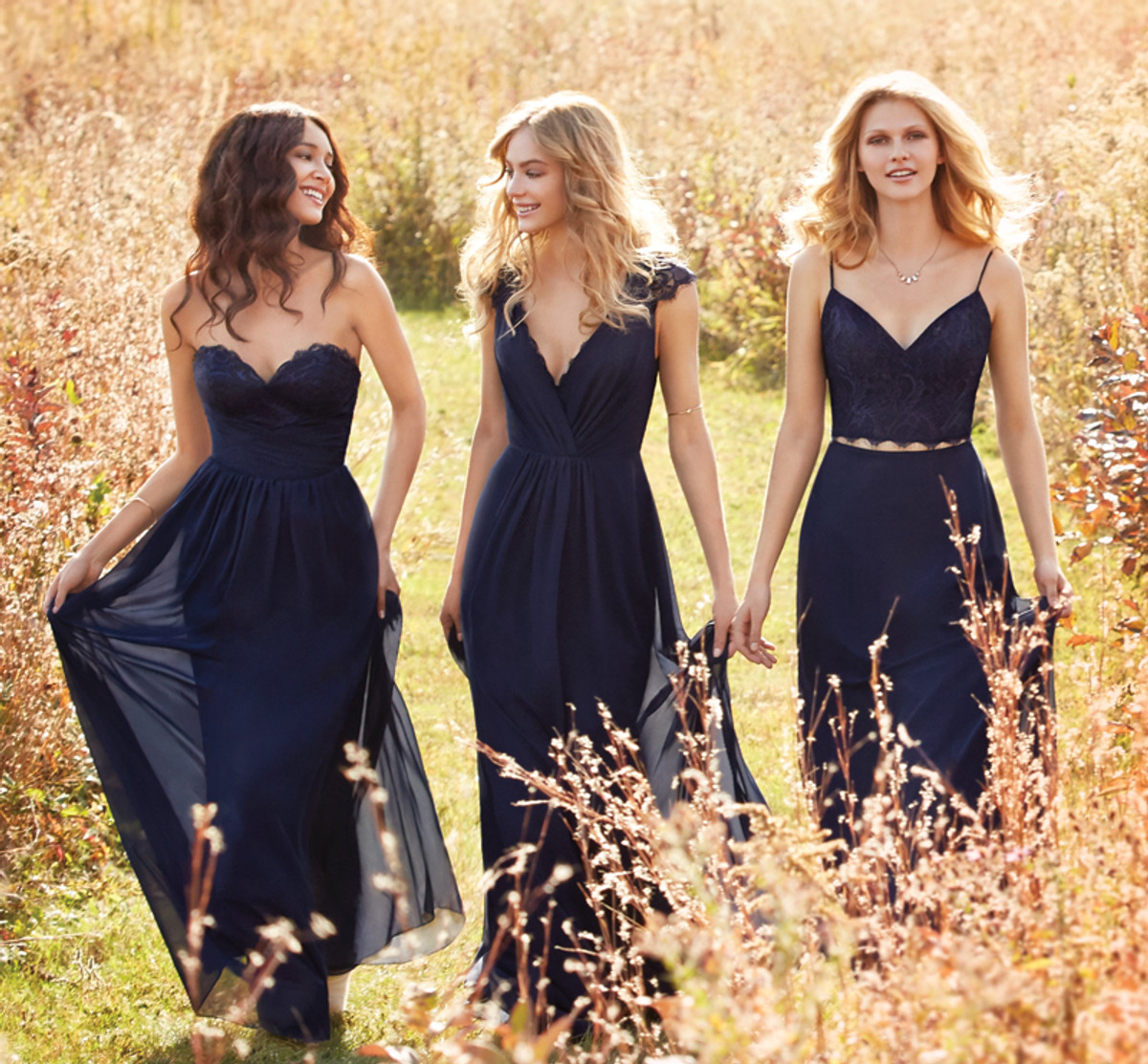 Wedding Gowns Styles Body Types: Hayley Paige Occasions Bridesmaid Dress 5600