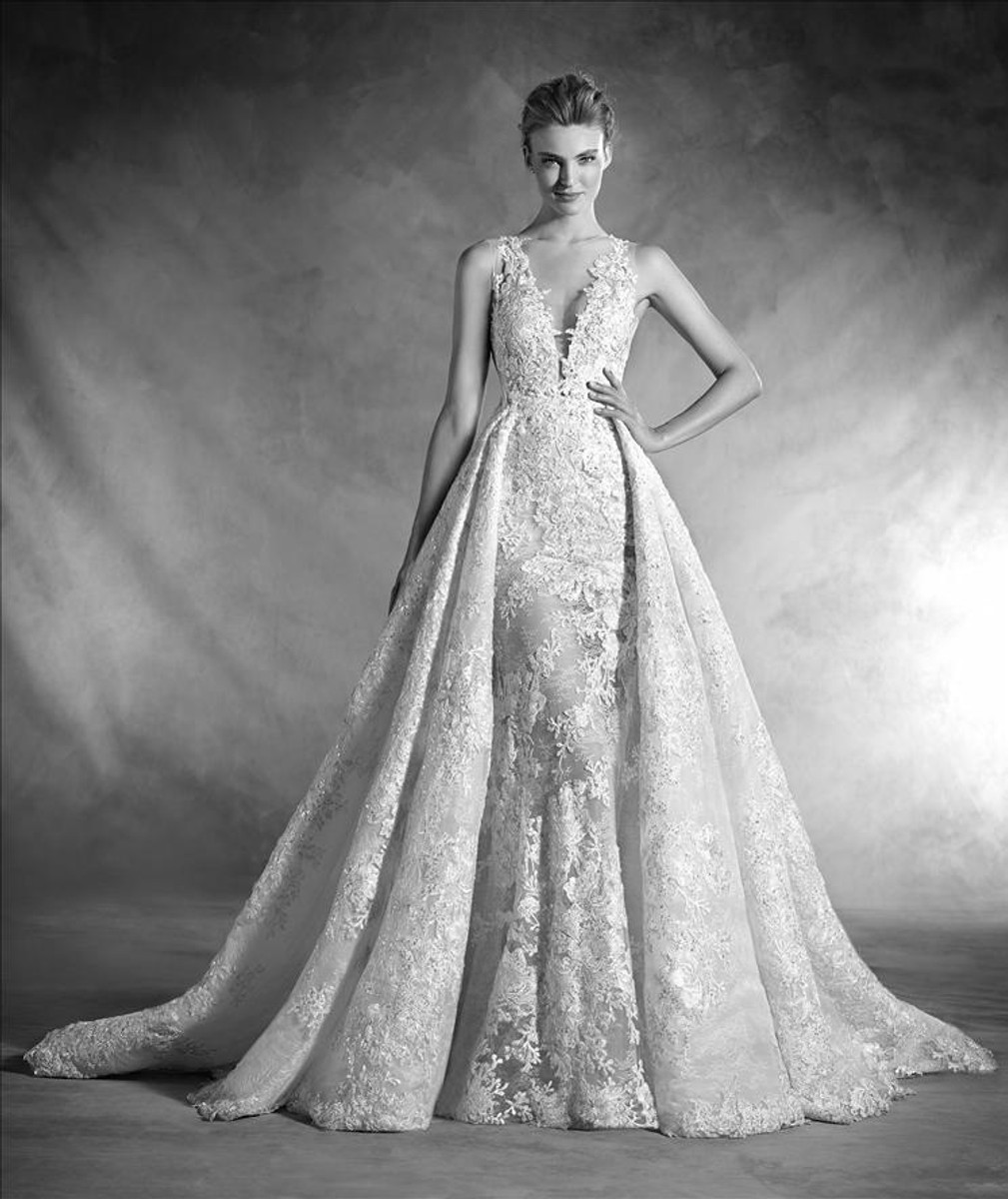c3fff9a1ee7 Pronovias Wedding Dress Nilay