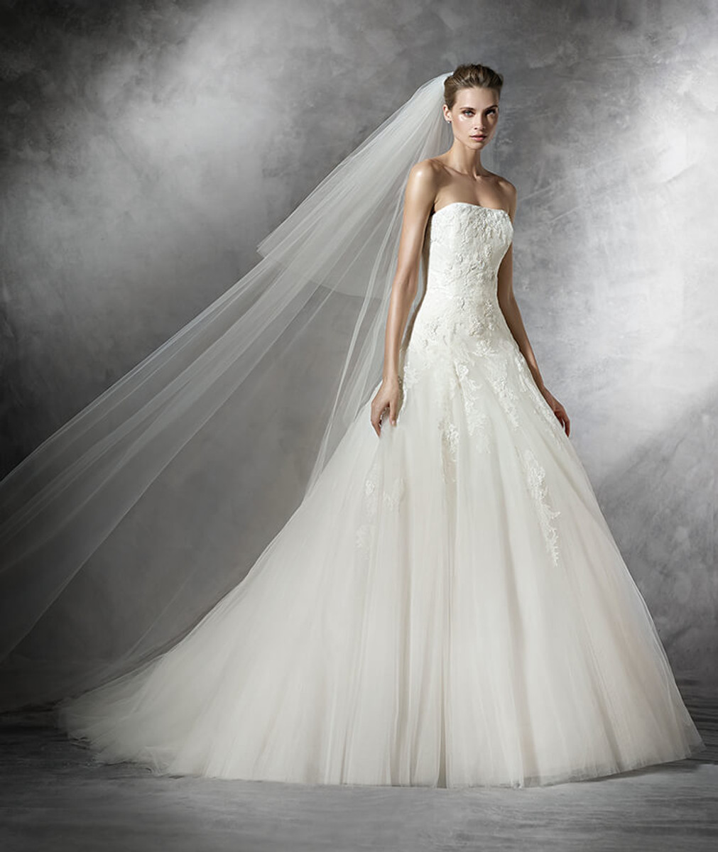 c0ac8af5a9f Pronovias Wedding Dress Barroco