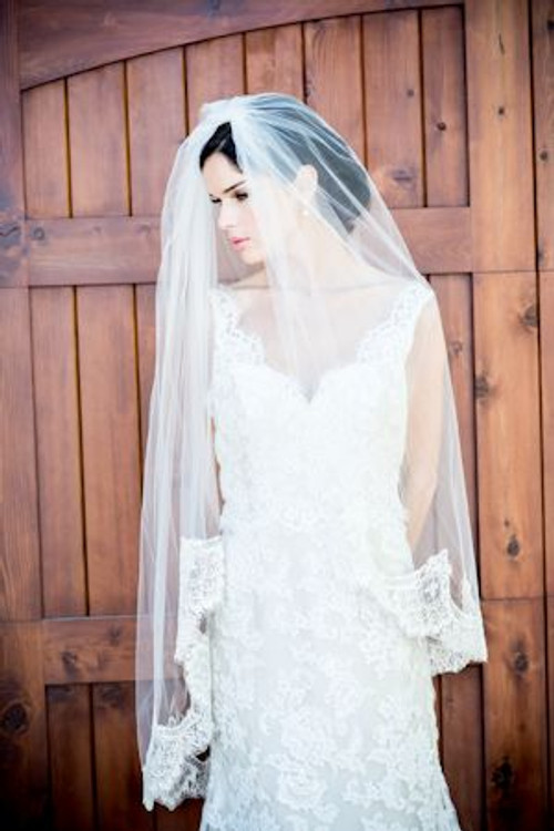 Justine M. Couture Tuscany Veil